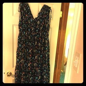 GAP Sleeveless Flowered Dress